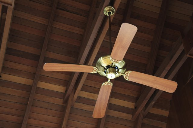 How To Oil A Ceiling Fan Hunker