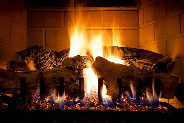 Troubleshooting gas fireplace issues hunker burning logs and glowing embers in gas fireplace solutioingenieria Gallery