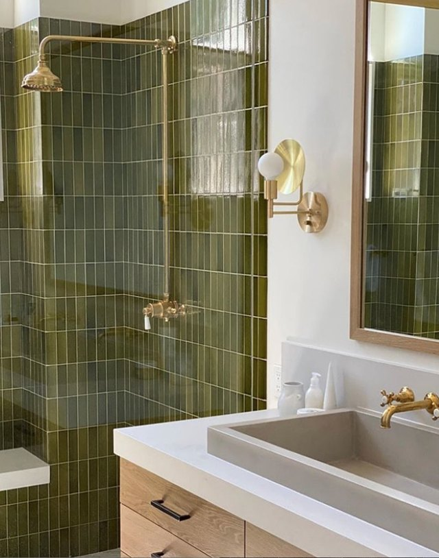 9 Ways to Rock Brass Tub and Shower Fixtures in Your Bathroom | Hunker