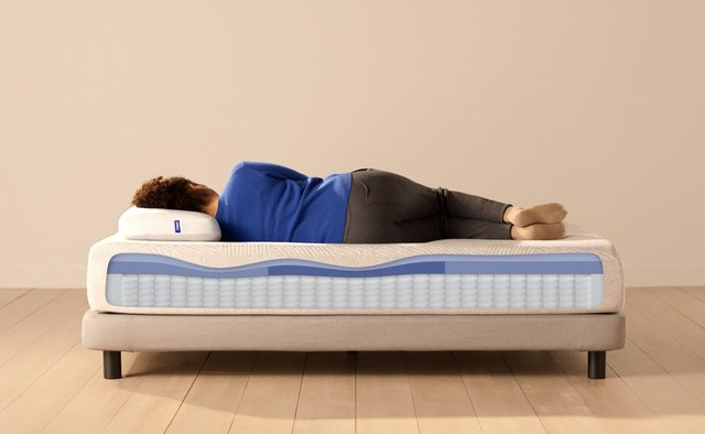 The 10 Best Mattresses for Side Sleepers | Hunker