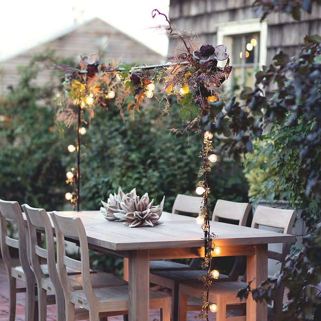 How to host a safe, but still beautiful, Thanksgiving dinner