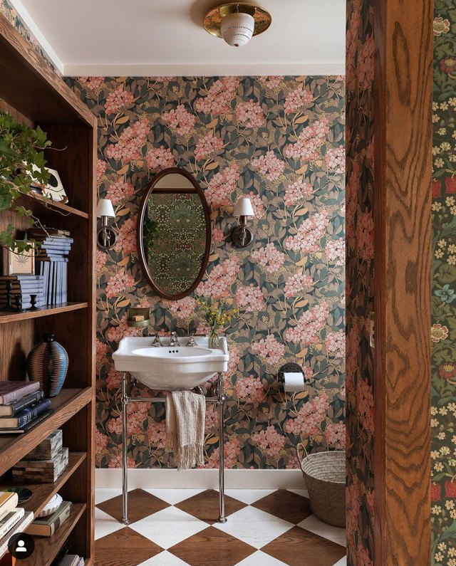 8 Small Bathroom Wallpaper Ideas That Are Big On Style | Hunker