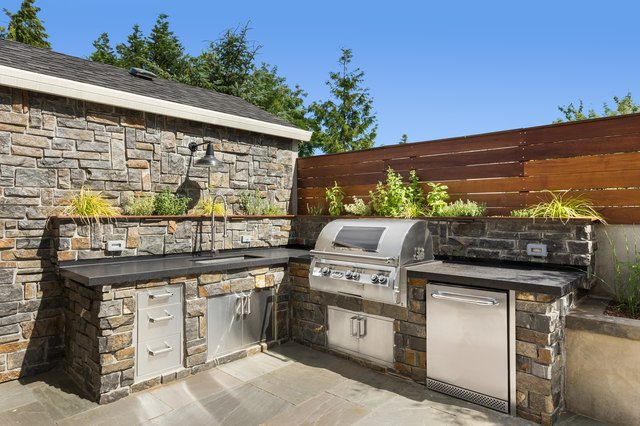 DIY Outdoor Kitchen Design and Construction | Hunker
