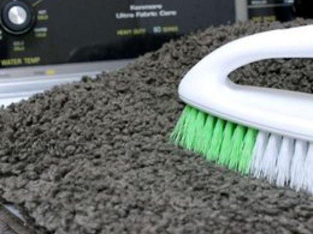 Credit Pierce Media How To Clean A Bath Mat