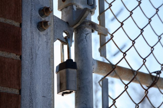 Diy Guide To Attaching A Fence Gate To Brick Hunker