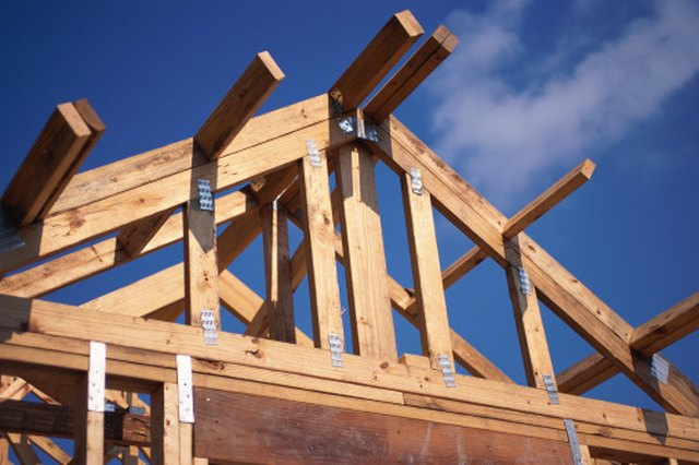 How to Build a Wood Truss on a 4/12 Pitch   Hunker