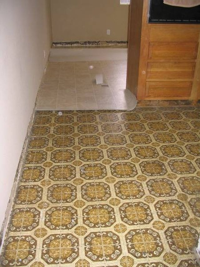 Removing Yellow Stains From Linoleum Floors