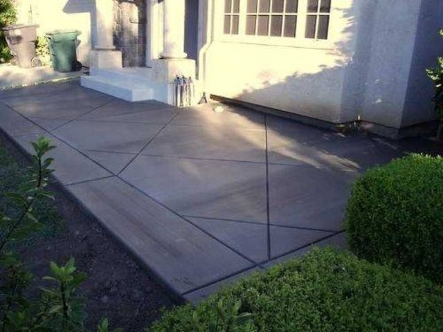 Superieur How To Build A Cement Patio | Hunker
