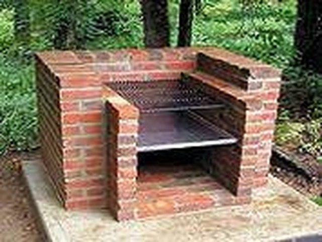 How to Build an Outdoor Charcoal Grill | Hunker