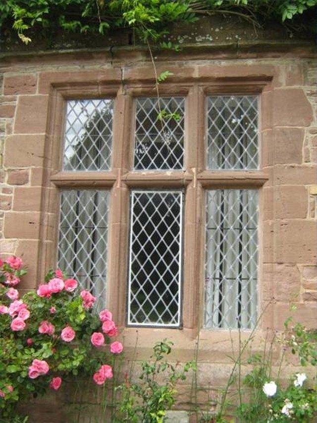 How to Clean Mildew Off Metal Window Frames | Hunker