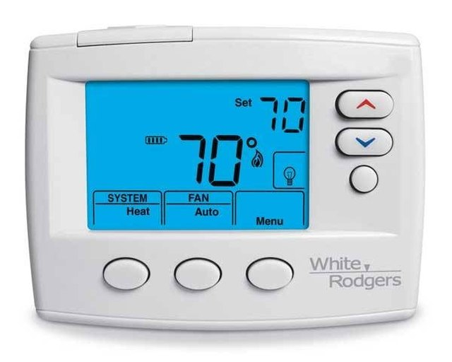 how to put a battery in a white rodgers thermostat hunker rh hunker com 1F80-261 White Rodgers Thermostat Manuals white rodgers thermostat 1f80-261 owners manual