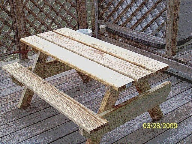 how to build a kids picnic table plans hunker. Black Bedroom Furniture Sets. Home Design Ideas