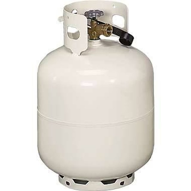 How to Remove a Valve From a Propane Tank | Hunker
