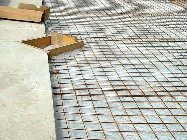 How to Calculate Wire Mesh for a Concrete Pad | Hunker