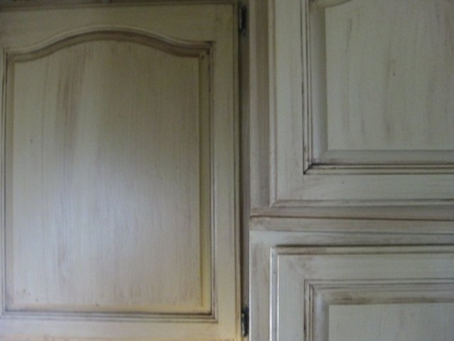 How to Do Tuscany Paint Stain Treatments on Cabinets | Hunker
