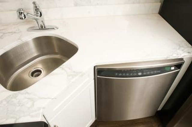 What to Do When a Dishwasher Is Not Properly Rinsing | Hunker