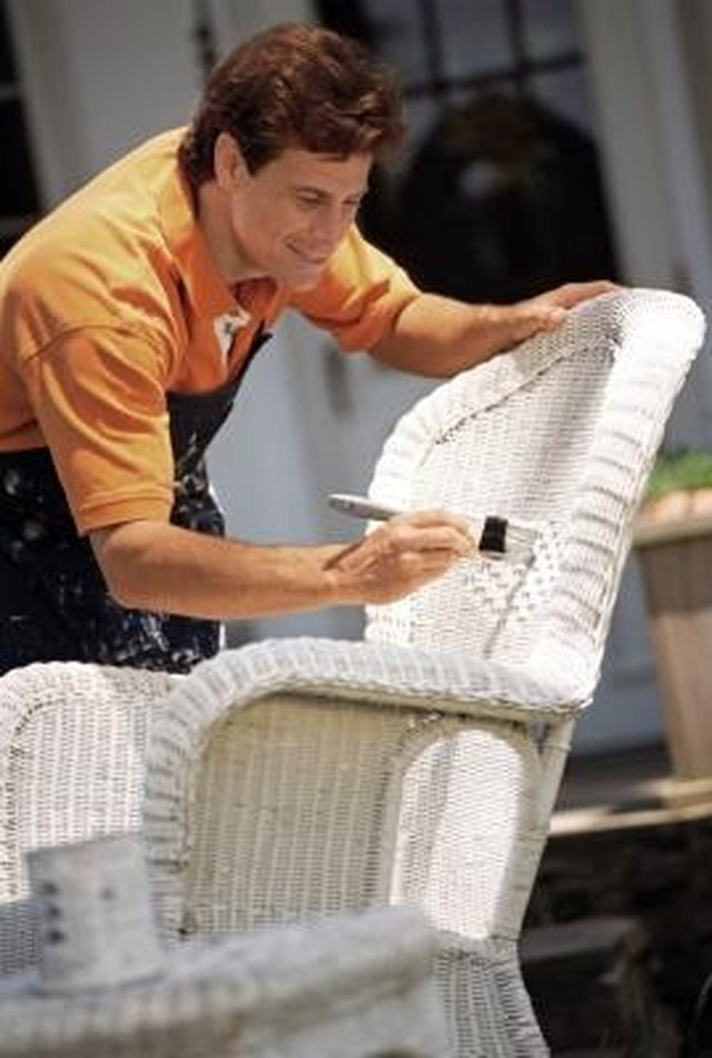 How to Re-cover Wicker Chair Cushions without Sewing | Hunker
