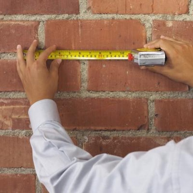How To Calculate How Many Bricks To Build A Wall Hunker