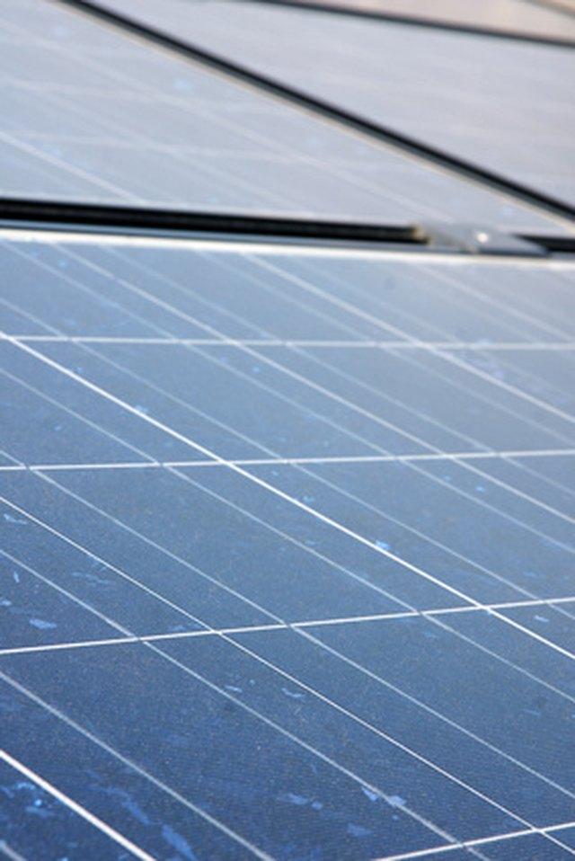 How Do I Calculate How Many Solar Panels I Need? | Hunker