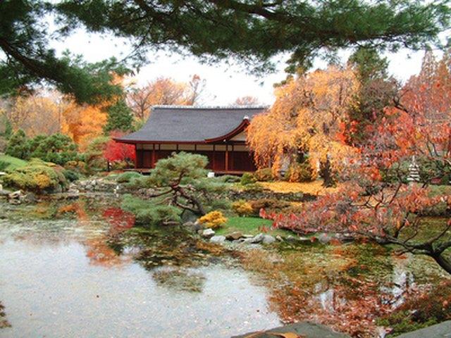 Elements of a Zen Garden & Their Meaning | Hunker