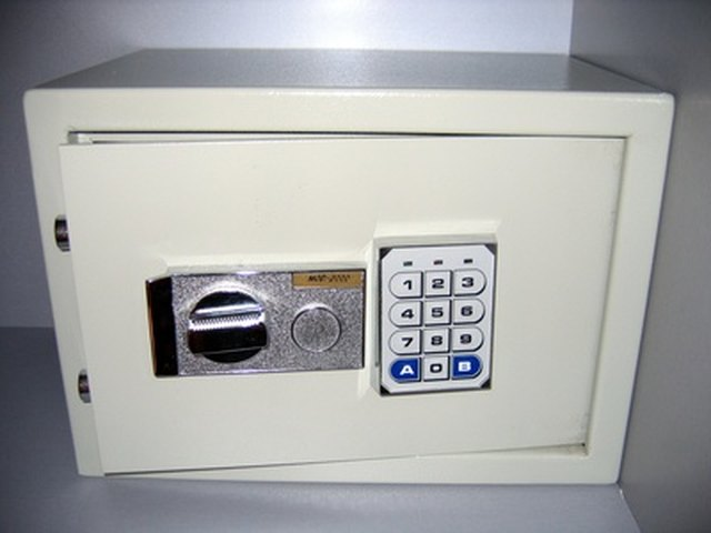 How To Figure Out The Key Pad Lock Combination To Your Safe Hunker