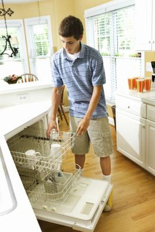 What Are The Benefits Of Using A Dishwasher? | Hunker
