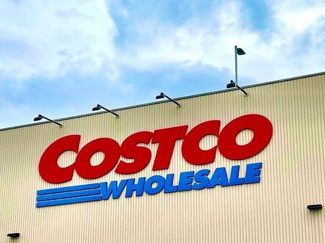 Costco Re-Released a Mouthwatering Bakery Item | Hunker