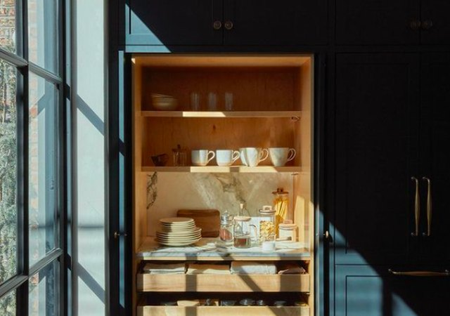 14 Sexy, Charming Pantry Looks Seen on Instagram | Hunker