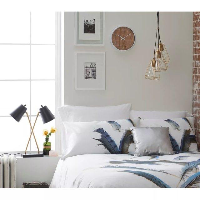 13 Dorm Room Lighting Ideas That Aren't LED Strip Lights | Hunker