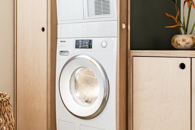 4 Signs It's Time to Replace Your Washer and Dryer | Hunker