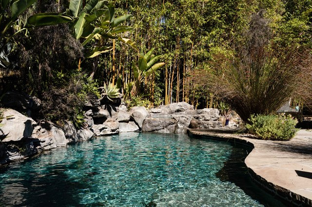 How Much Does Pool Installation Cost? (And Tips on How to Hire for the Job) | Hunker
