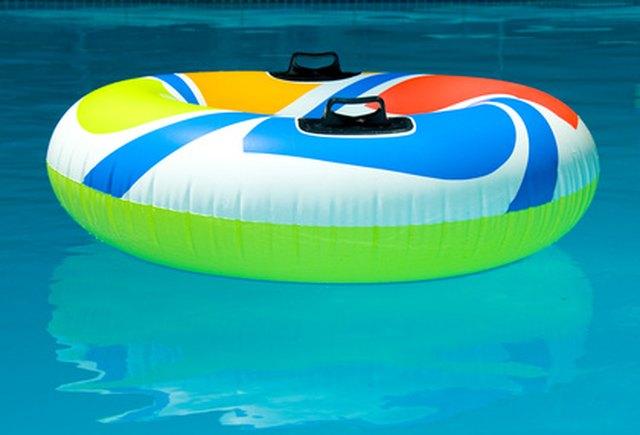 Dark pool water Reflection Hunker Light Pool Liner Vs Dark Pool Liner Hunker