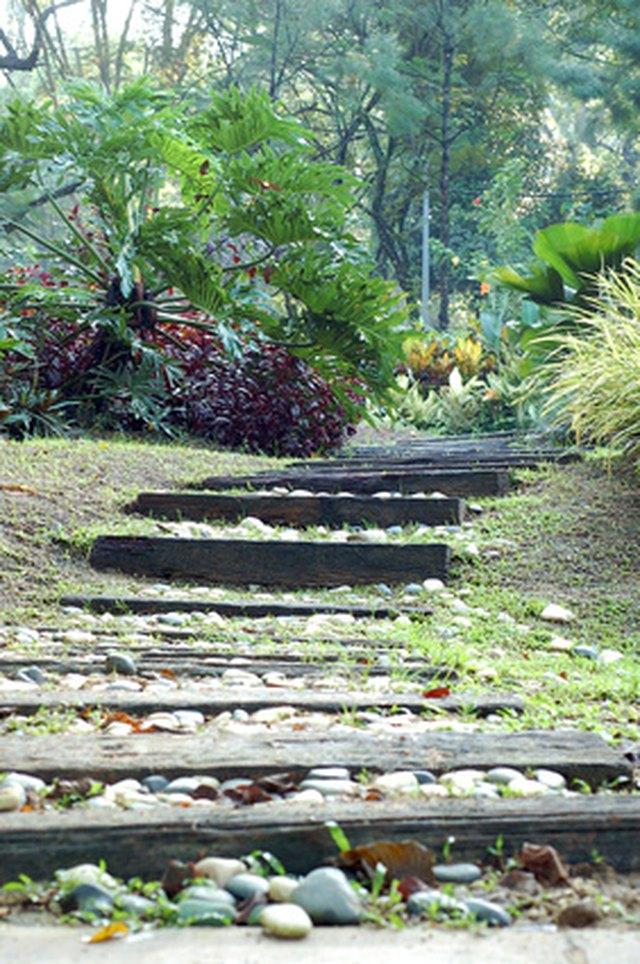 Garden Pathway Diy Landscaping