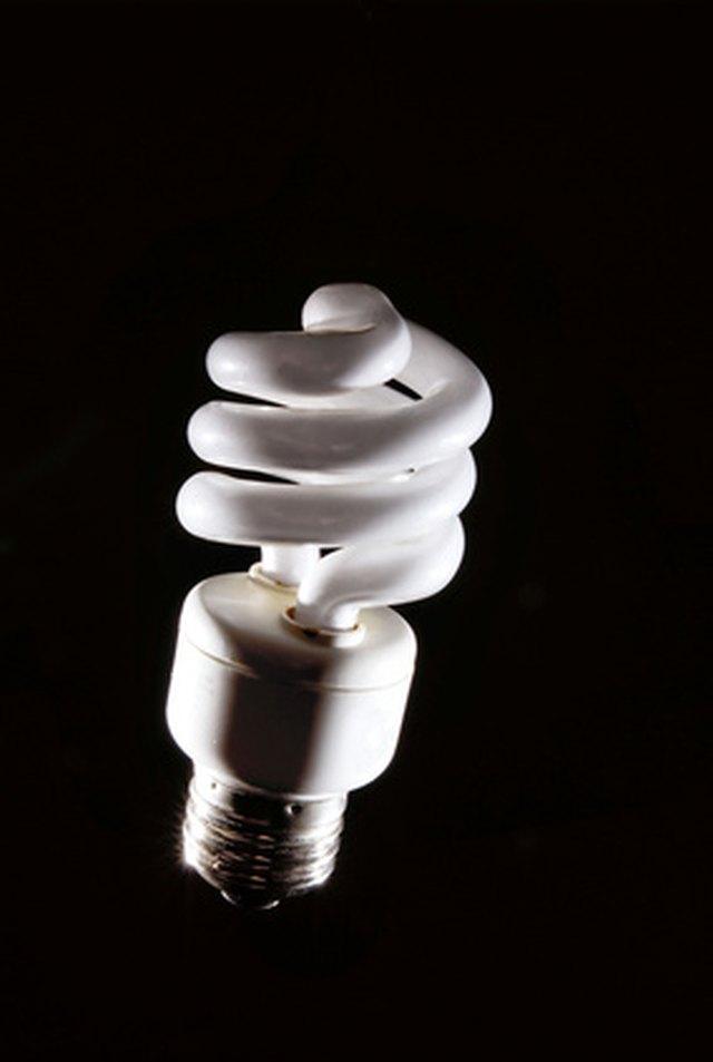 When to Use Daylight or Sunlight Fluorescent Light Bulbs | Hunker