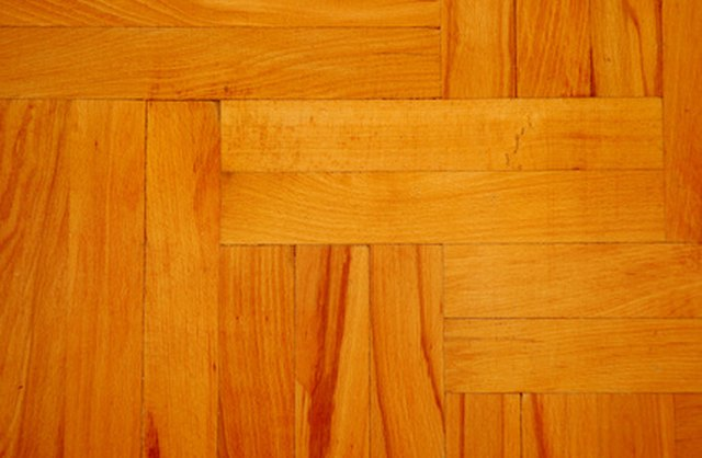How To Clean Hardwood Floors With Vinegar To Remove Sticky