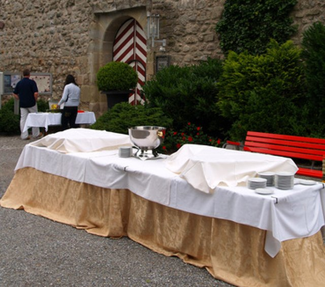 Instructions for a Banquet Table Skirt | Hunker