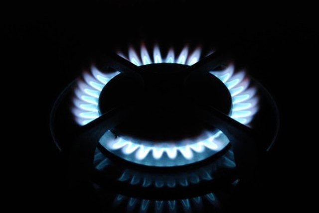 how to clean clogged gas stove burners