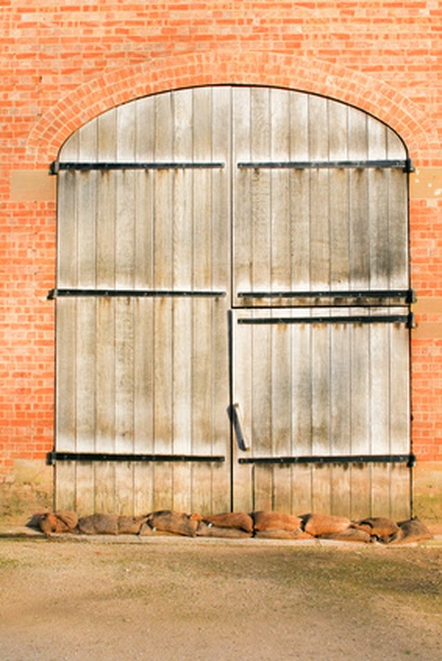 How To Build A Large Wooden Barn Door Hunker