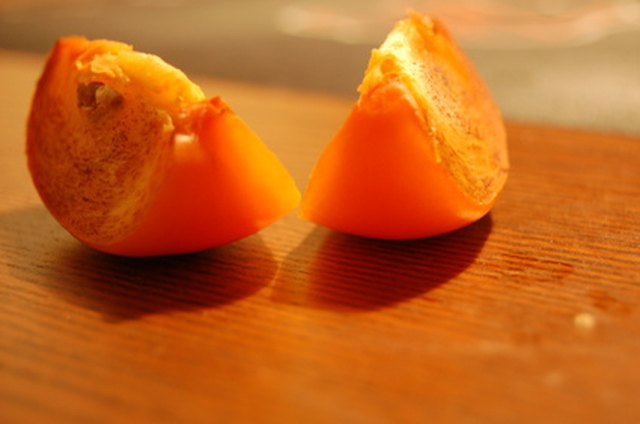 How to Use a Colander to Remove Persimmon Seeds   Hunker