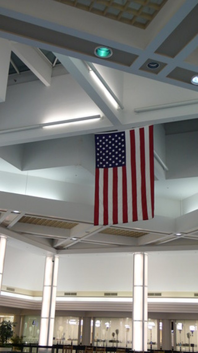 The Proper Way To Hang A Us Flag From The Wall Or Ceiling Hunker