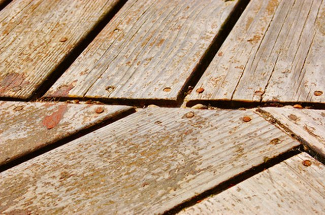 How to Fix Decking Wood That Is Feathering & Splintering? | Hunker