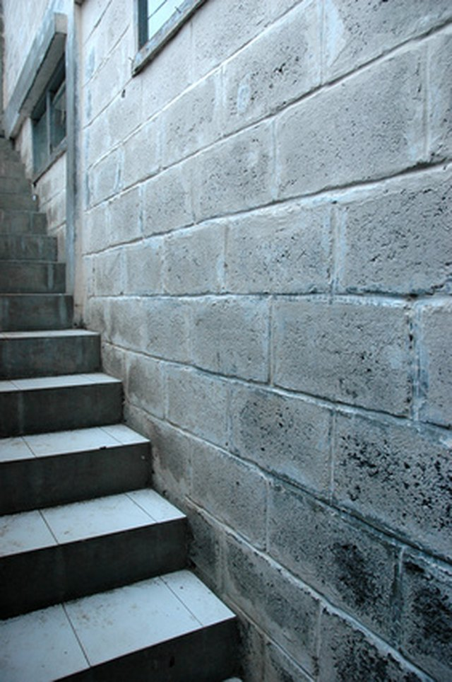 How To Paint Concrete Block Basement Walls Hunker