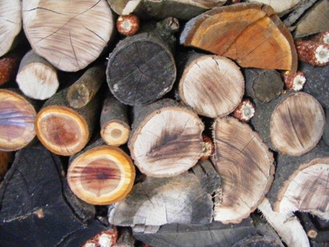 Disadvantages of Burning Wood | Hunker