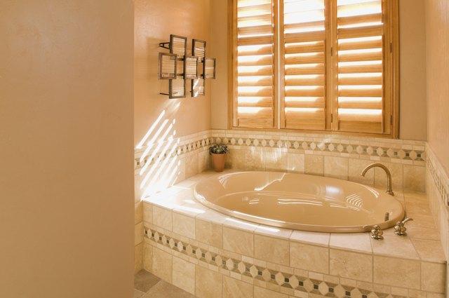 Orange Build Up On The Tub Hunker - Orange mold in bathroom