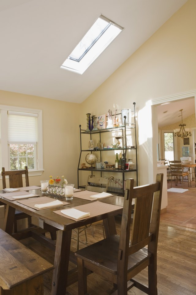 Vaulted Ceiling Dining Room Lighting