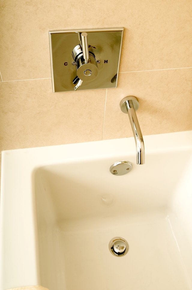 How To Remove A Pop Up Bathtub Plug And Unclog The Drain Hunker - Unclog bathroom tub