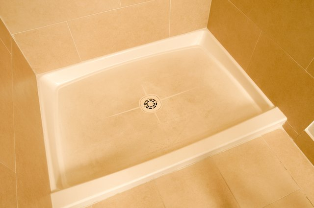 Acrylic Vs Fiberglass Shower Pans Hunker - Acrylic tiles for bathrooms