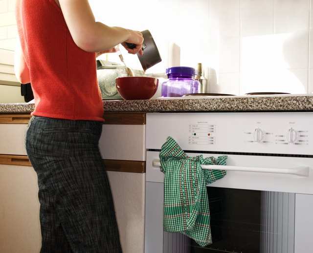 How To Use The Delay Start On A Kenmore Oven Hunker