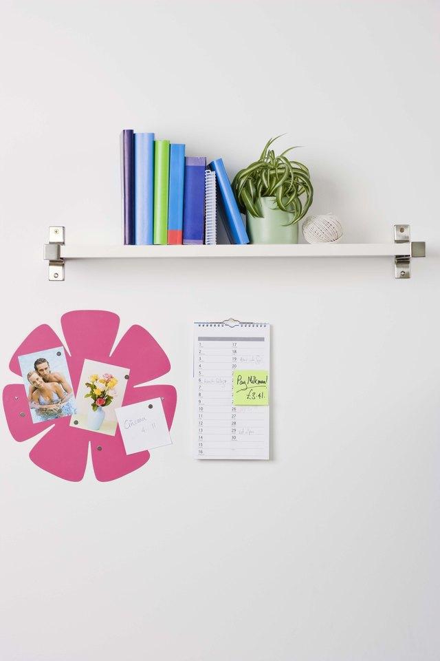 how to remove a lack wall shelf hunker rh hunker com how to remove floating shelf brackets how to remove floating shelf