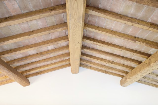 The Difference Between Joists & Rafters | Hunker